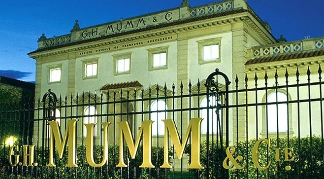 G.H. Mumm, GH MUMM, Champagne, French Champagne, wine, wine journalist, wine nz, nz wine, Hanene Pavilion, Pernod Ricard NZ, Cameron Douglas, Fashion media nz, beauty media nz, beauty blog nz, style blog nz, fashion blog nz, Gurlinterrupted, Angie Fredatovich