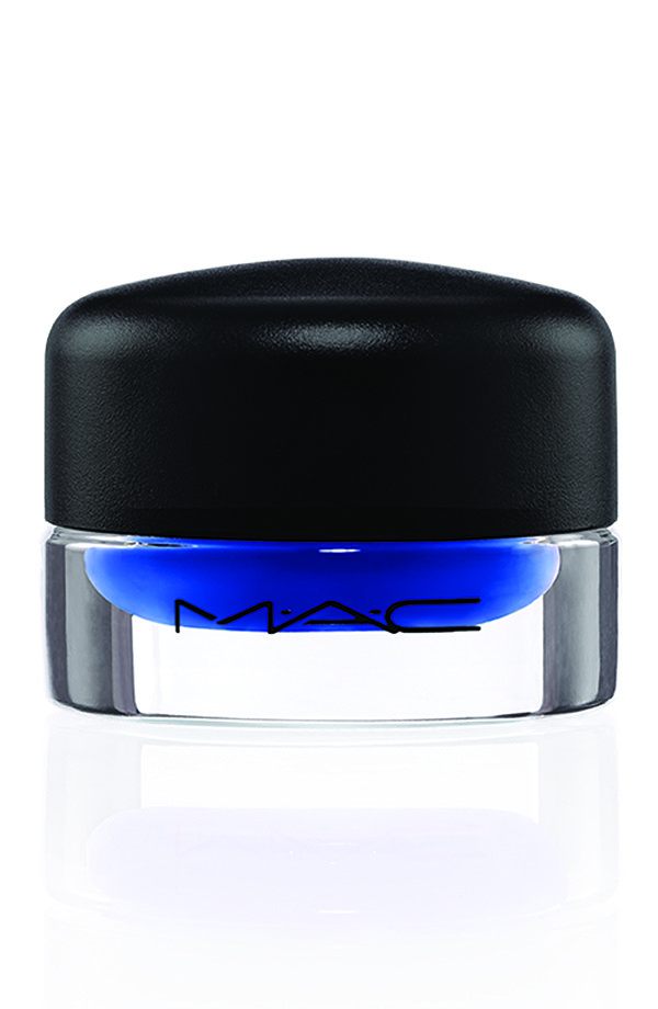 Hats Off To The MAC x Philip Treacy Collaboration...