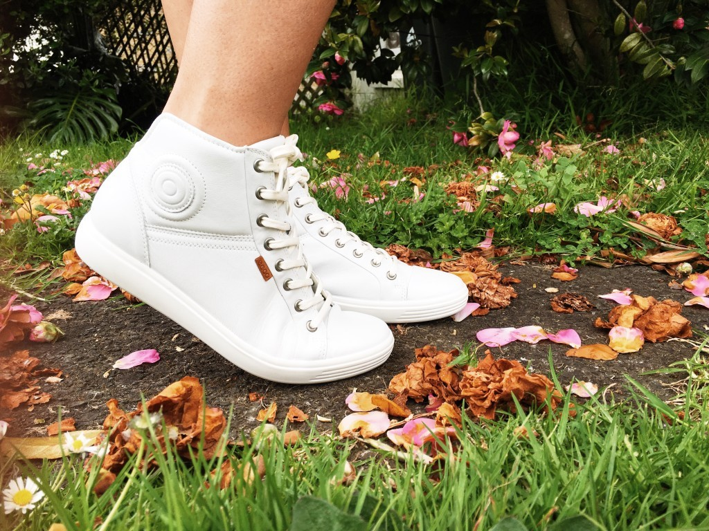Scandinavian Style - Ecco Soft 7 Sneakers angie fredatovich nz